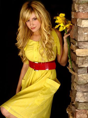 ashley tisdale Ashley19