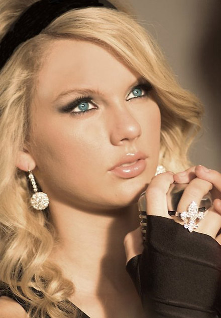 أكبر مجموعة صور لنجمة هوليوود المغنية تايلور سويفت  المصدر : منتديات أحلام المراهقات: http://karima.allgoo.us/t74-topic#ixzz28dPeBdsa Taylor17