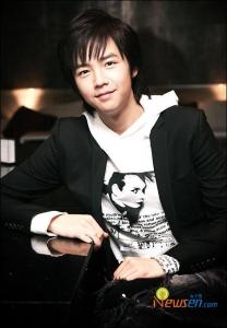 Young Jang Geun Suk 20100217
