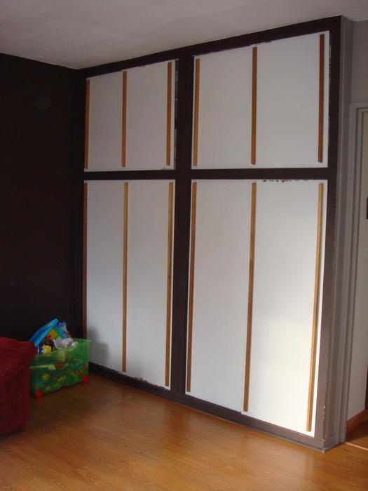 rénover un placard de salon M_137911