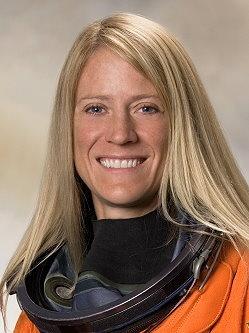 Karen Nyberg remplaçante de l'équipage ISS 33. Untitl12