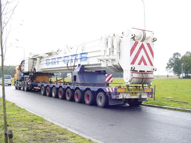 Les grues de BALDWINS (GB) Scania10