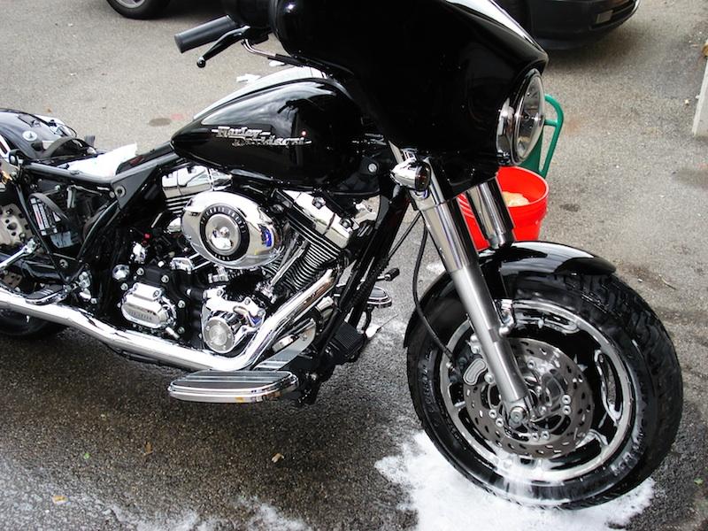 Manu &  Harley Davidson  Street Glide Dsc02016