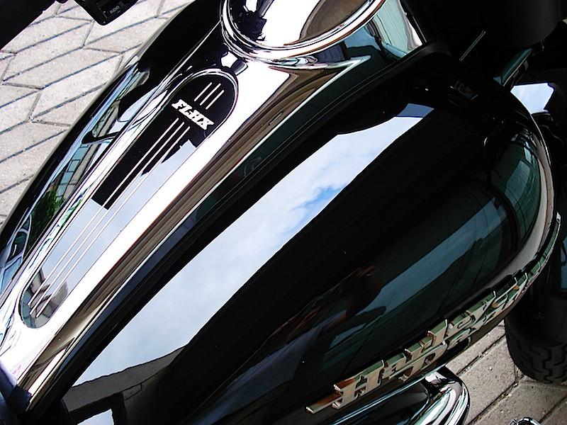 Manu &  Harley Davidson  Street Glide Fin210