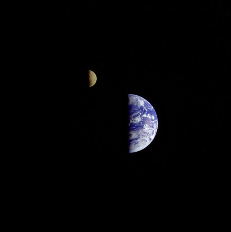 [Vote] Photo du mois de Mars 2010 Earth_10