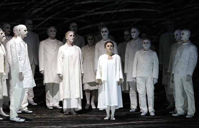 Et si vous alliez à l'opéra? - Page 32 Diesol11