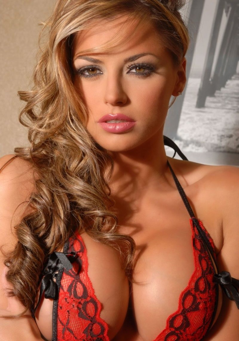 Hot Women! Louise10