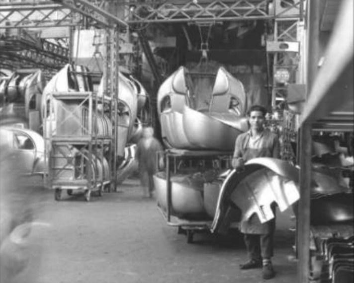 [GALERIE] Photos d'usine - Page 2 Untitl11