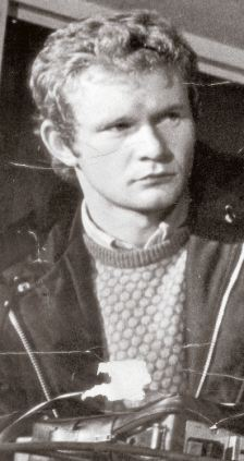What did McGuinness do in the lost 25min on Bloody Sunday? Articl11
