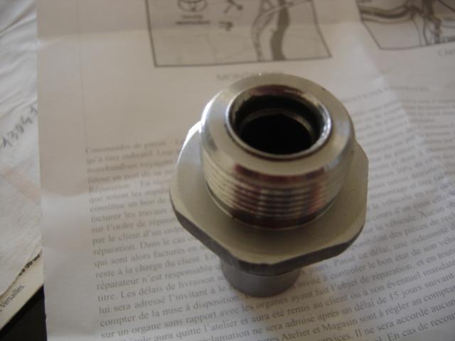 Montage radiateur d'huile moteur sur 1 kzt 1hdt - Page 2 Dsc06618