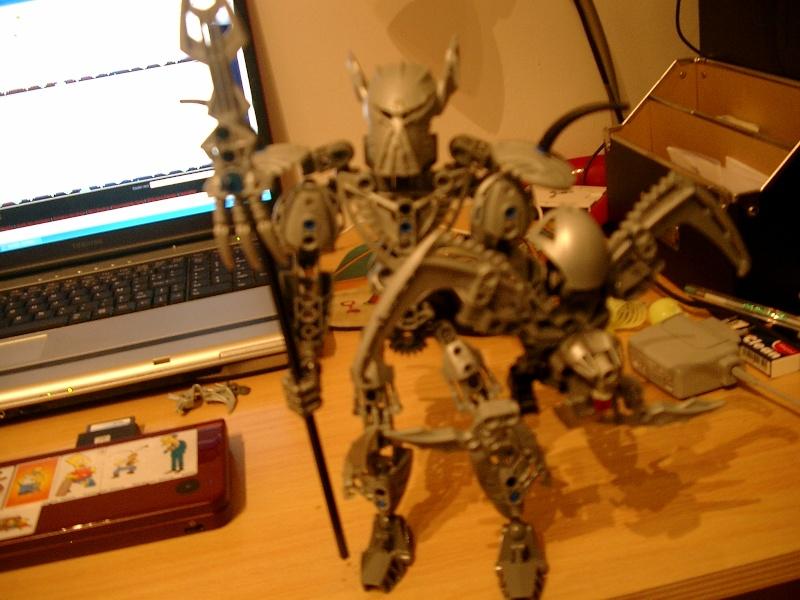 [MOC] WIP:ragnarok metal slime armor version Imgp4312