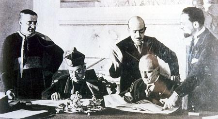 L'EGLISE ET MUSSOLINI Accord11