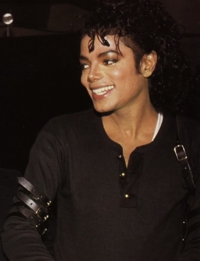 "Loghi ""Michael Jackson the King of Love..."" - Pagina 2 Michae57"