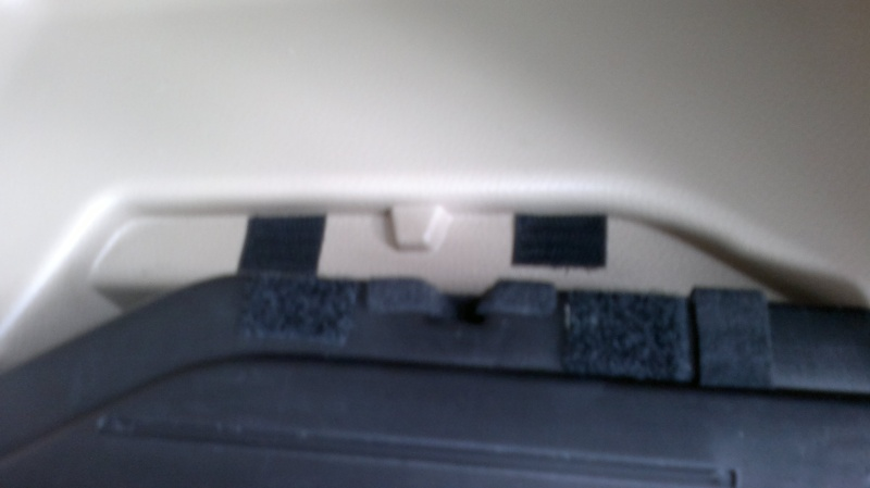 How to use velcro to secure hidden rear cargo cover  20032015