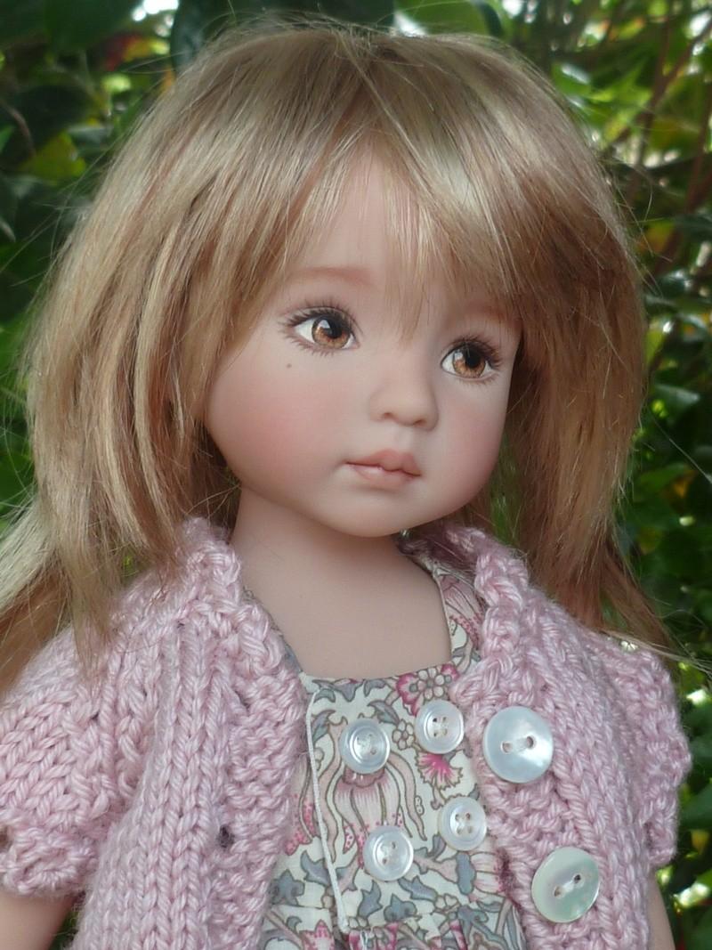 Léonie, Little Darling, avec de nouvelles perruques!!(page 3) Tenue_18