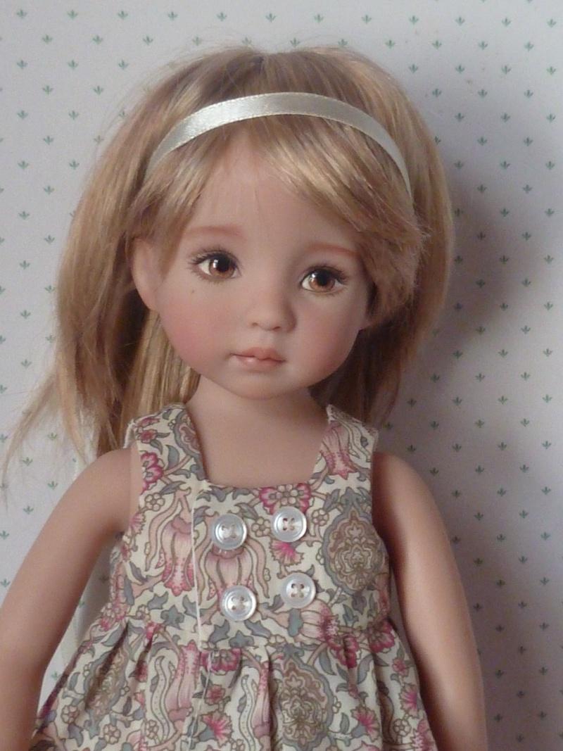 Léonie, Little Darling, avec de nouvelles perruques!!(page 3) Tenue_20