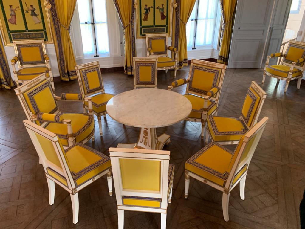 Hameau du Petit Trianon : Restauration de la maison de la Reine  - Page 19 1011