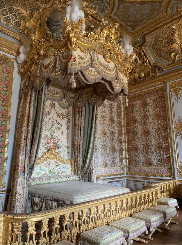 chambre - La chambre de la Reine à Versailles - Page 6 116