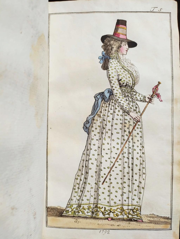 La mode et les vêtements au XVIIIe siècle  - Page 10 12073310