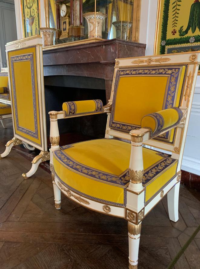 Hameau du Petit Trianon : Restauration de la maison de la Reine  - Page 19 1311