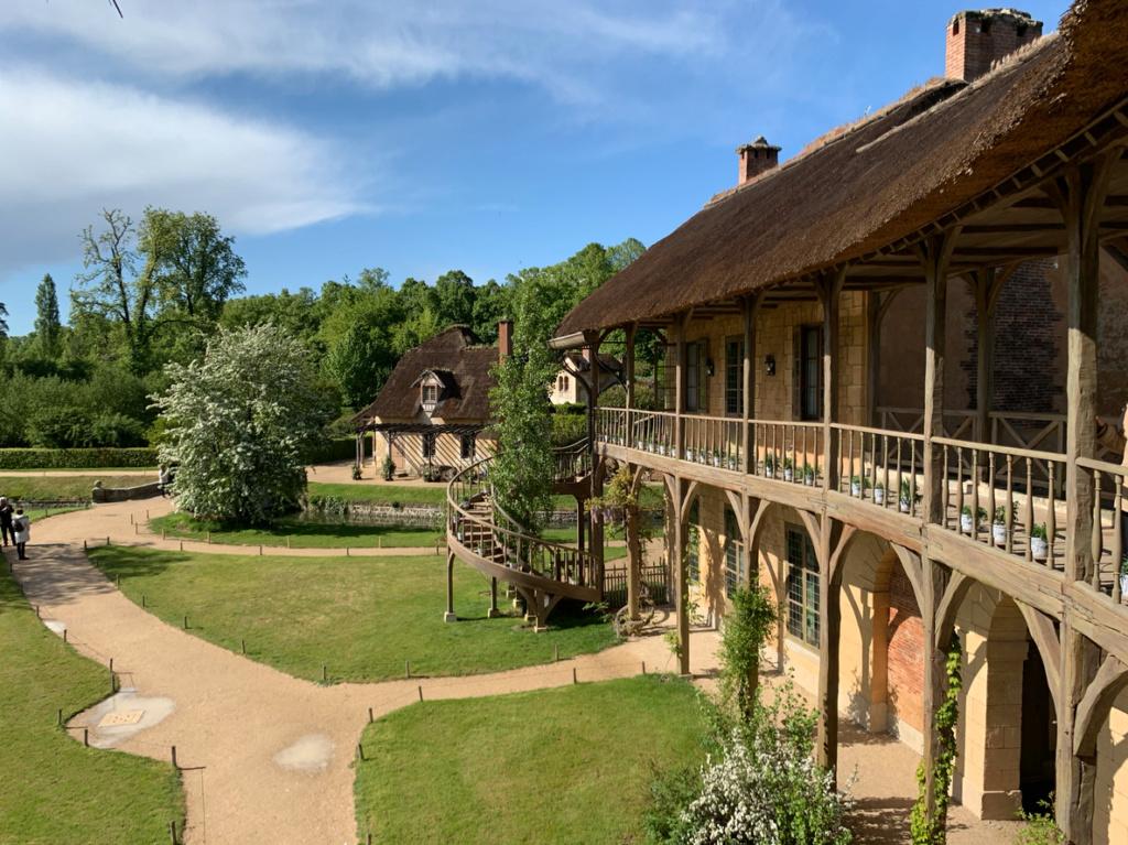 Hameau du Petit Trianon : Restauration de la maison de la Reine  - Page 19 2010