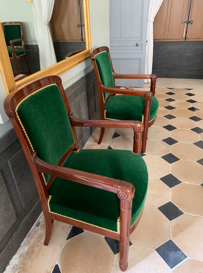Hameau du Petit Trianon : Restauration de la maison de la Reine  - Page 19 3310