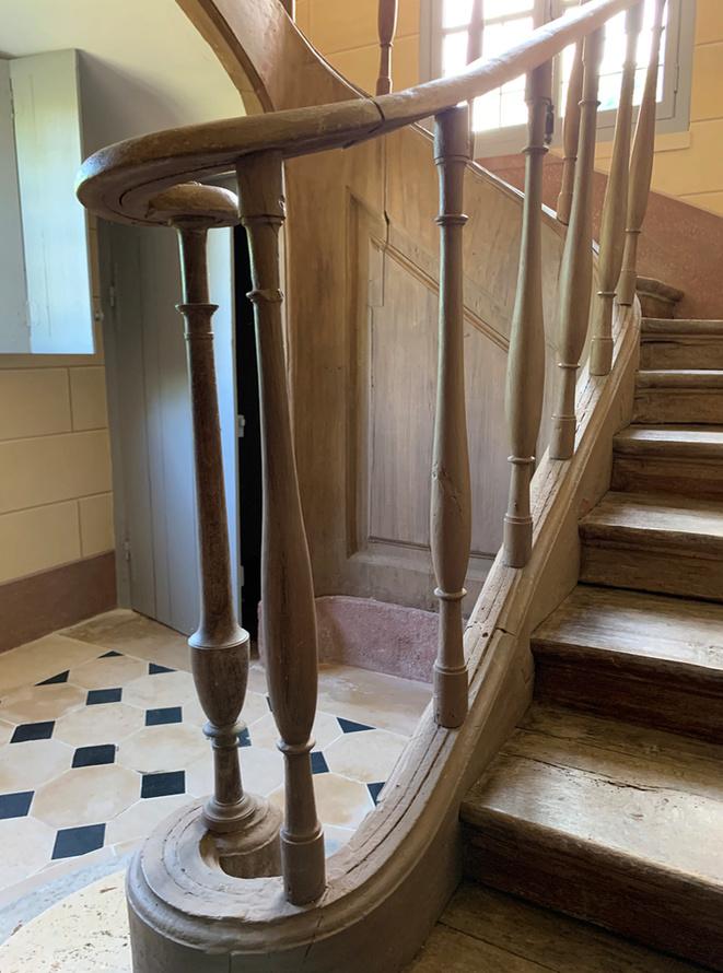 Hameau du Petit Trianon : Restauration de la maison de la Reine  - Page 19 512