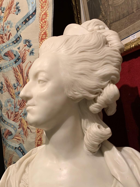 Marie Antoinette, par (et d'après) Louis-Simon Boizot - Page 3 6b5f8910