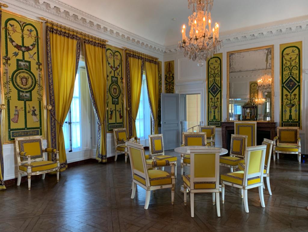 Hameau du Petit Trianon : Restauration de la maison de la Reine  - Page 19 911