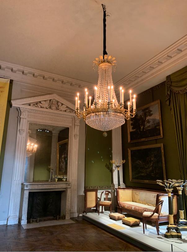 Le château de Maisons, résidence du comte d'Artois  Captu203