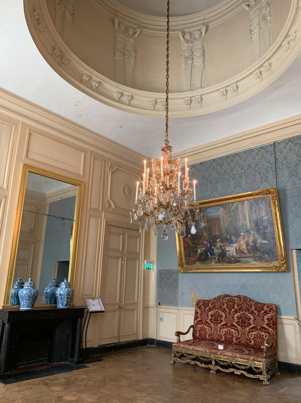 Le château de Maisons, résidence du comte d'Artois  Captu206