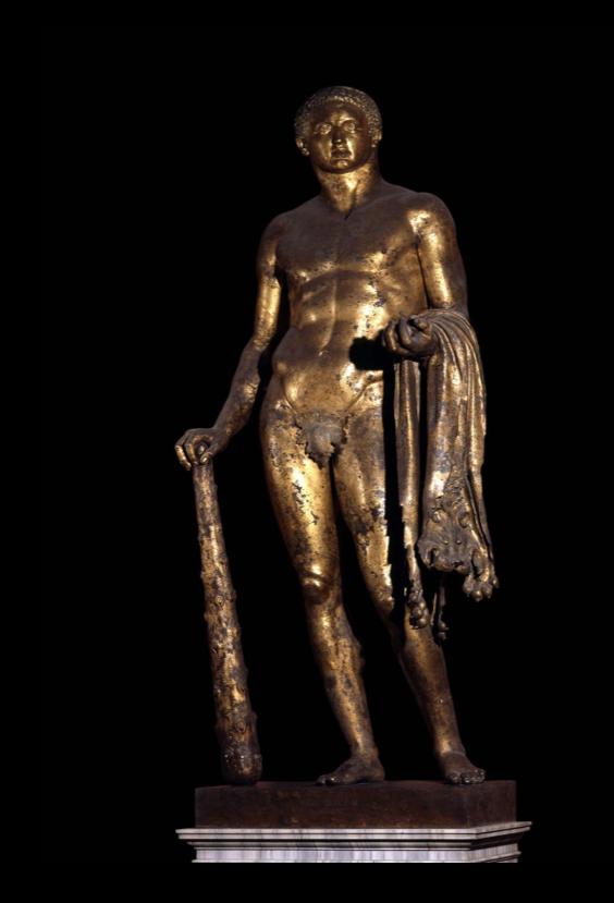 Une statue monumentale de la reine Marie-Antoinette sur le site du château de Saint-Cloud? Captu219