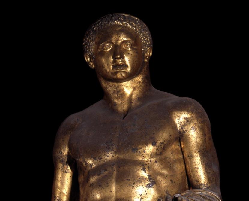 Une statue monumentale de la reine Marie-Antoinette sur le site du château de Saint-Cloud? Captu220