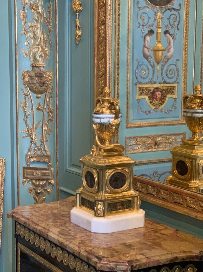 Nouvelles salles consacrées au XVIIIe siècle au Louvre - Page 21 Captu280