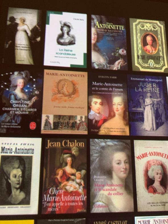 Exposition à la Conciergerie : Marie-Antoinette, métamorphoses d'une image  - Page 2 Captu390