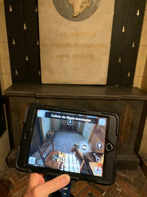 La cellule de Marie-Antoinette à la Conciergerie   - Page 6 Captu396