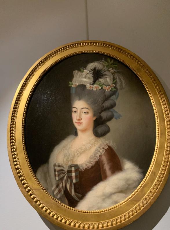 Cent portraits pour un siècle. Exposition au Musée Lambinet (Versailles) et Palais Lascaris (Nice) Captu432