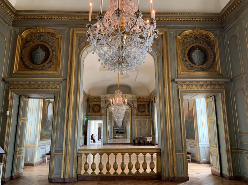 Le château de Maisons, résidence du comte d'Artois  Captu433