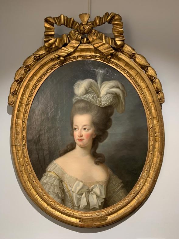 Cent portraits pour un siècle. Exposition au Musée Lambinet (Versailles) et Palais Lascaris (Nice) Captu686
