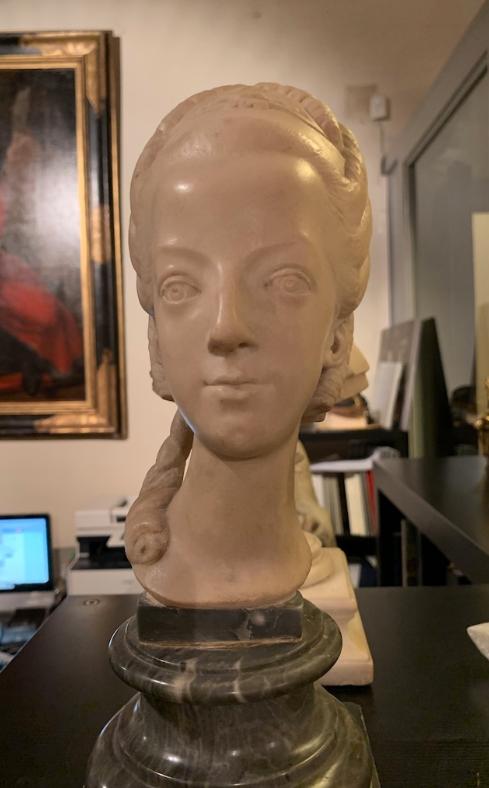 Buste de Marie-Antoinette sur piédestal dynastique, musée Cognacq Jay Captu698