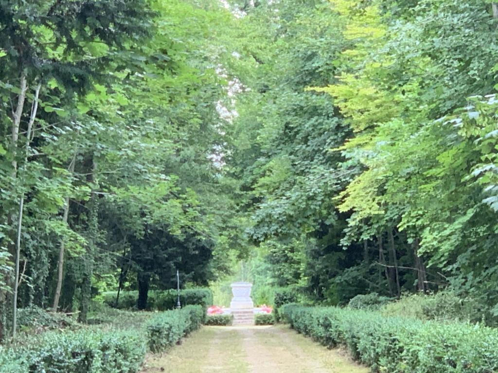 Le château de Champs-sur-Marne - Page 4 Cdd0fd10