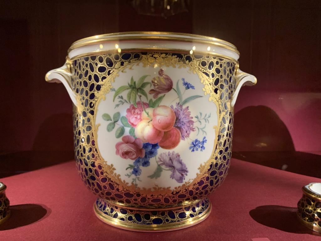 Ouverture du cabinet des porcelaines du château de Versailles  Eba64910