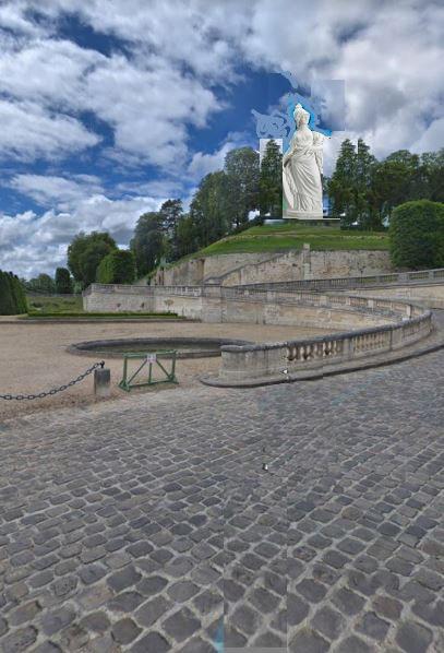 Une statue monumentale de la reine Marie-Antoinette sur le site du château de Saint-Cloud? F0de4e10