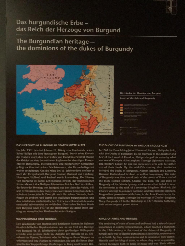 Le trésor impérial des Habsbourg  - Page 2 Img_0144