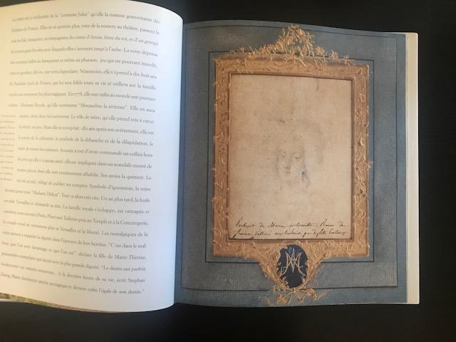 Portrait de Marie-Antoinette aux Tuileries par Duplessis-Bertaux (collection baronne de Rothschild) Img_0713