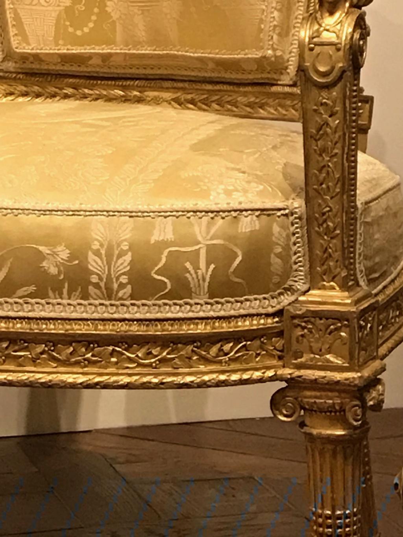 Nouvelles salles consacrées au XVIIIe siècle au Louvre - Page 21 Img_1619
