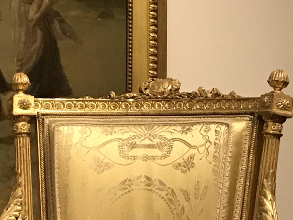 Nouvelles salles consacrées au XVIIIe siècle au Louvre - Page 21 Img_1621