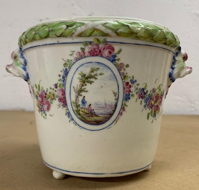 La porcelaine de Bourg-la-Reine au XVIIIème siècle  Img_9632