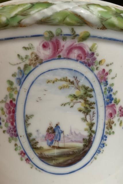 La porcelaine de Bourg-la-Reine au XVIIIème siècle  Img_9633