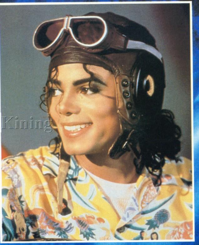 Photos Making of des clips de MJ ! - Page 4 410